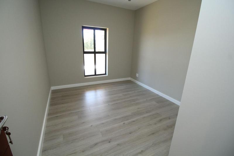 Property For Sale in Graanendal, Durbanville 12