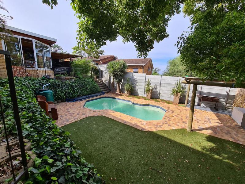 Property For Sale in Blommendal, Bellville 12
