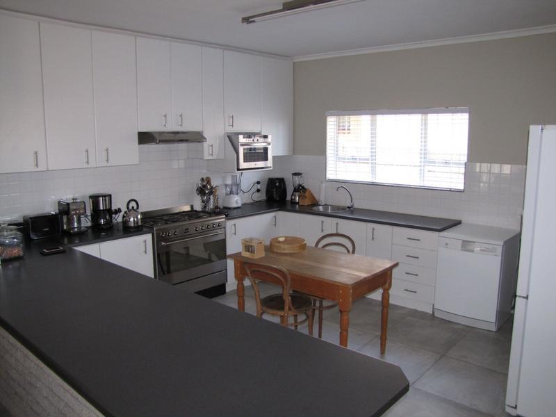 Property For Rent in Blommendal, Bellville 5