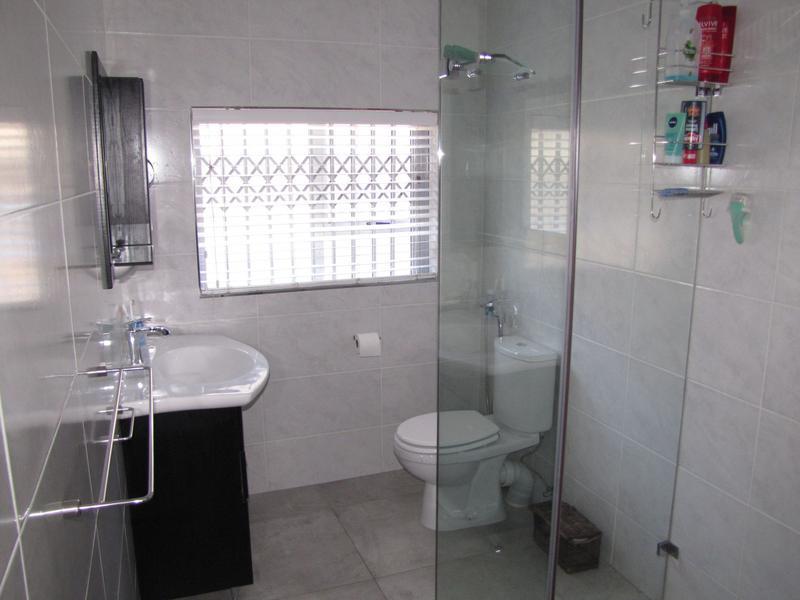 Property For Rent in Blommendal, Bellville 13