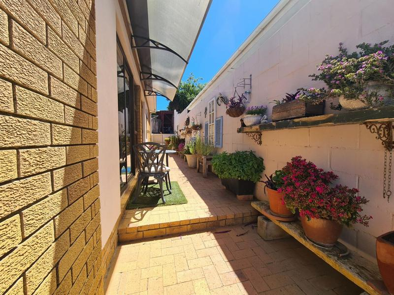 Property For Sale in Durbanville, Durbanville 22
