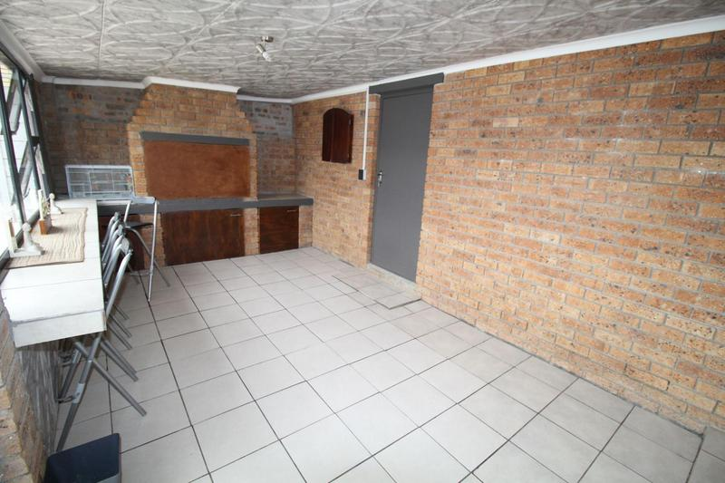 Property For Sale in Viking Village, Kraaifontein 6