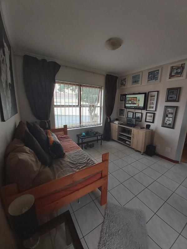 Property For Rent in Parow North, Cape Town 3