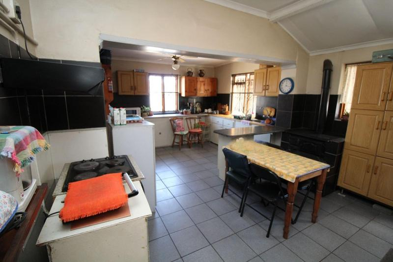 Property For Sale in Ruyterwacht, Goodwood 5