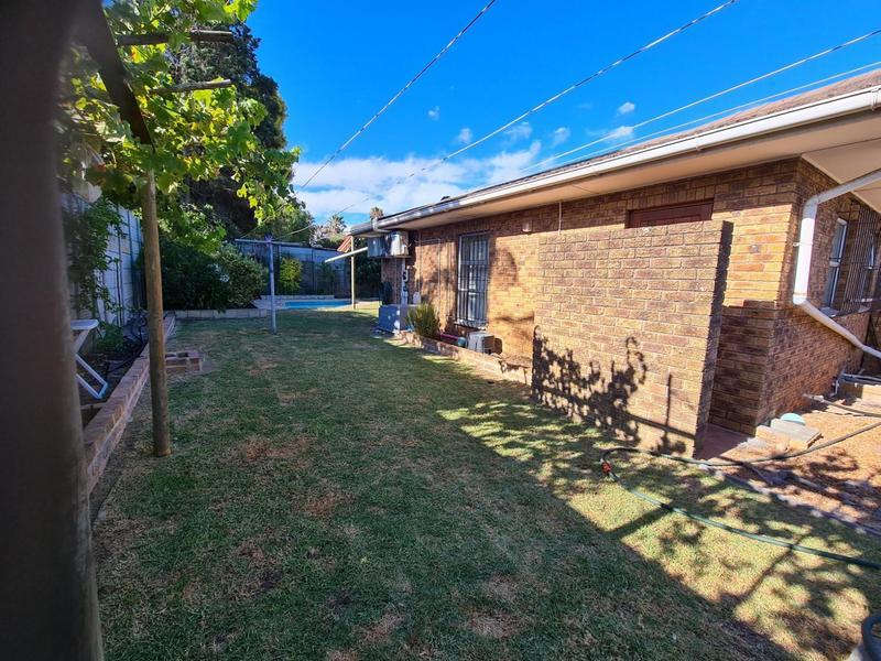Property For Sale in Blommendal, Bellville 22