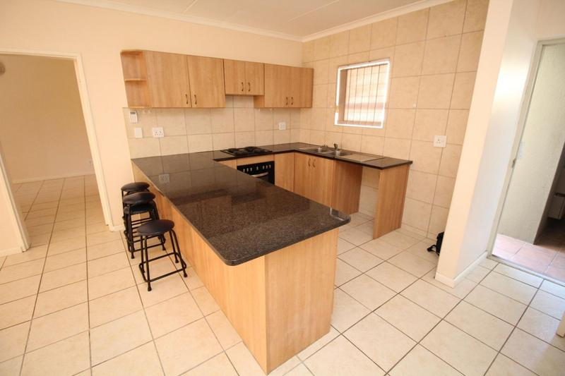 Property For Rent in Vredekloof East, Brackenfell 4