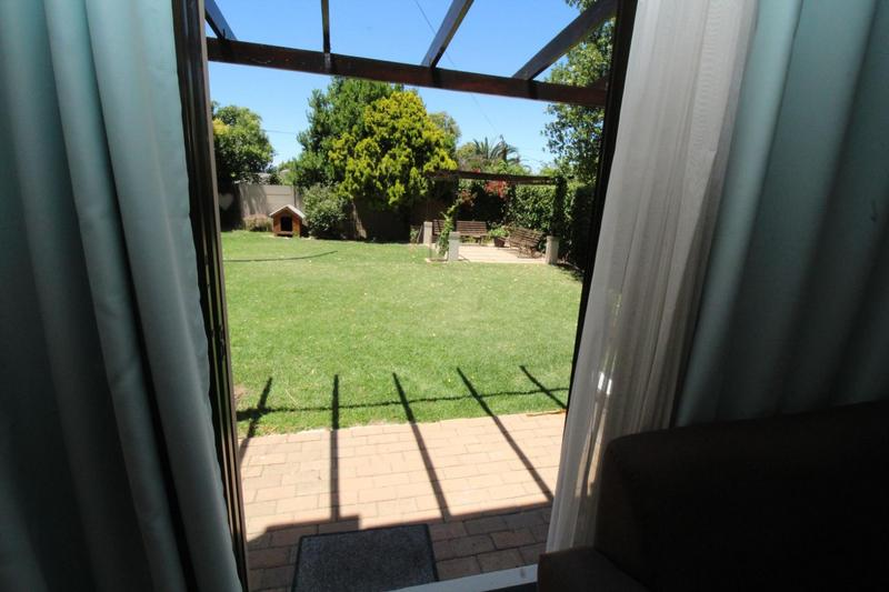 Property For Rent in Stellenberg, Cape Town 8