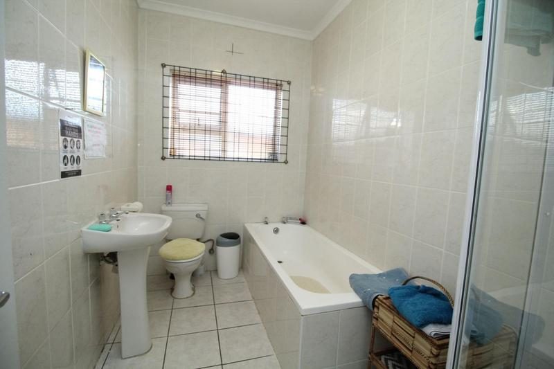 Property For Sale in Soneike, Kuilsriver 8