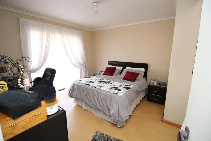 Property For Sale in Shirley Park, Bellville 8