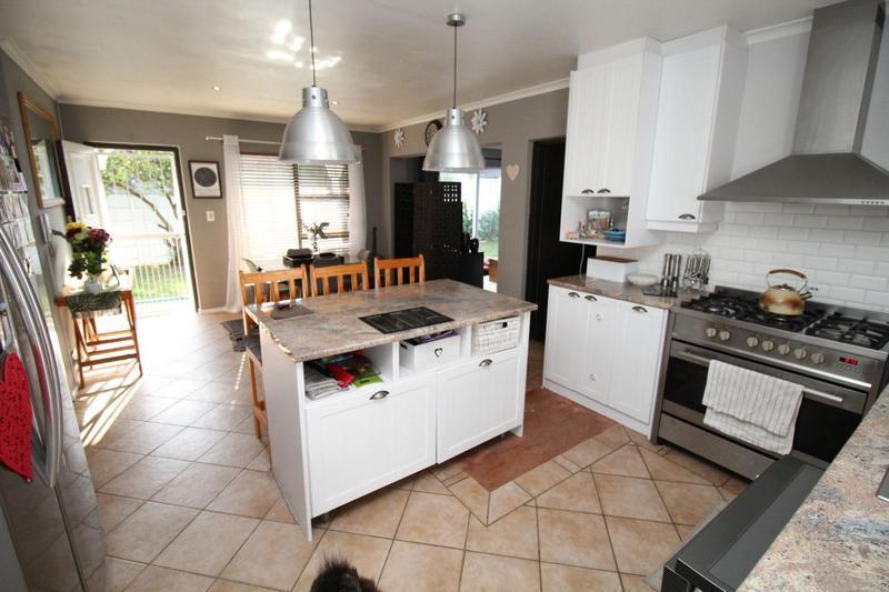 Property For Rent in Aurora, Durbanville 7