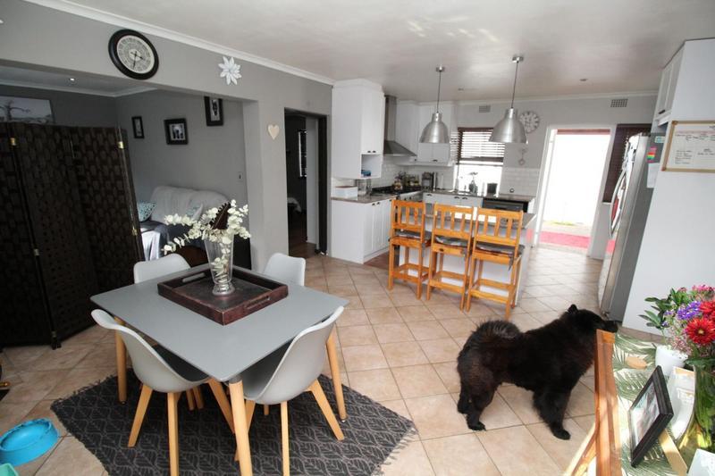 Property For Rent in Plattekloof Glen, Goodwood 6