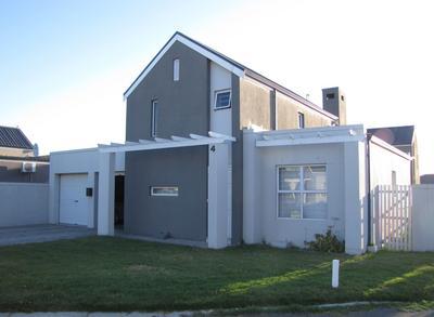 House For Rent in Viking Village, Kraaifontein
