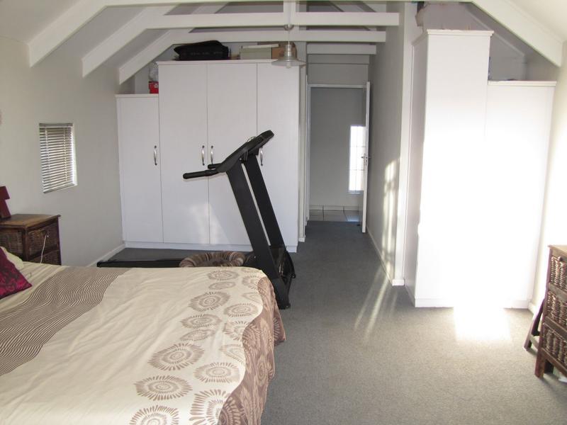 Property For Rent in Viking Village, Kraaifontein 11