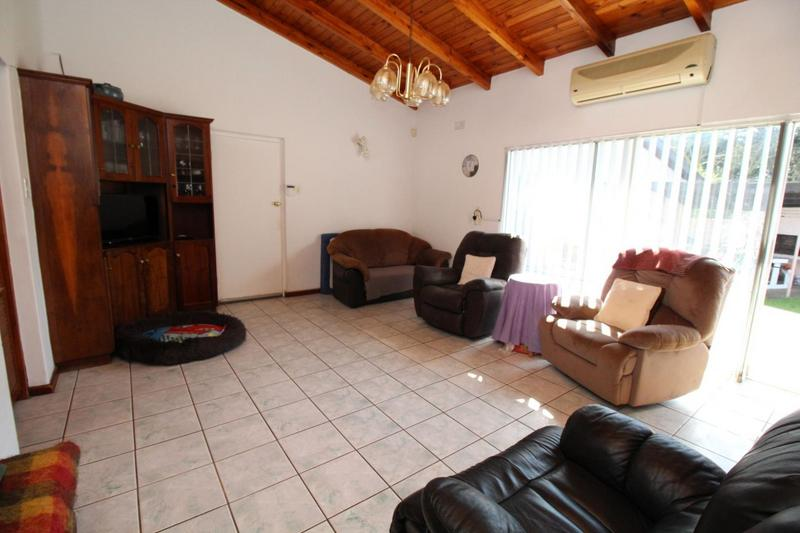 Property For Sale in Vygeboom, Durbanville 10