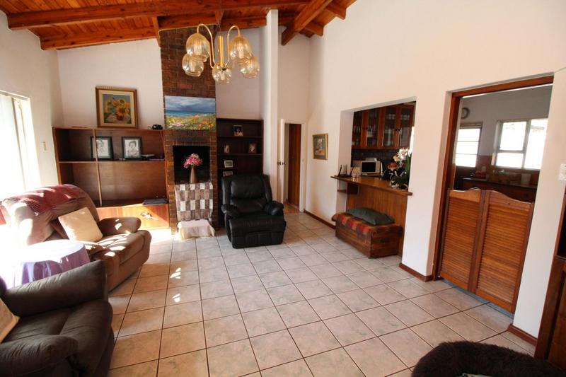 Property For Sale in Vygeboom, Durbanville 11