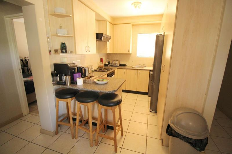 Property For Rent in D'Urbanvale, Cape Town 5