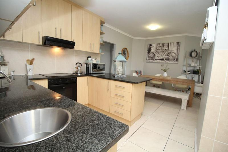 Property For Sale in Sonstraal Heights, Durbanville 8
