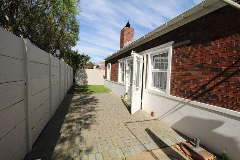 Property For Sale in Vierlanden, Durbanville 11